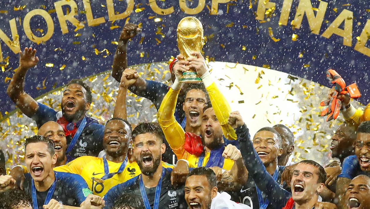 998e0f52777ee87edbeb3b46122d2db0-coupe-du-monde-2018-hugo-lloris-tous-les-francais-sont-champions-du-monde
